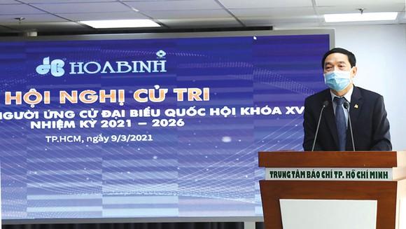Ông Lê Viết Hải - Chủ tịch Hiệp hội Xây dựng và Vật liệu Xây dựng TPHCM (SACA), Chủ tịch HĐQT Tập đoàn Xây dựng Hòa Bình được Hiệp hội doanh nghiệp TPHCM giới thiệu ứng cử  đại biểu quốc hội khóa XV