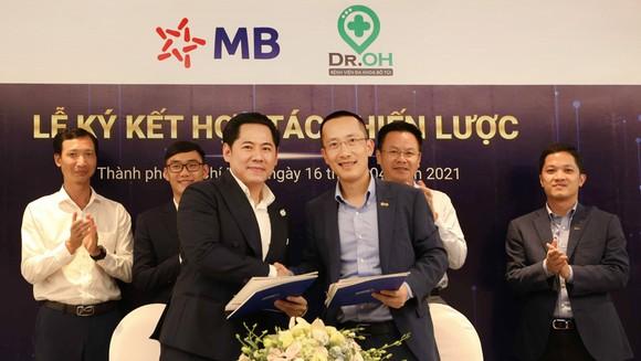 Dr. OH Bệnh Viện Đa Khoa Bỏ Túi và MB ký kết hợp tác chiến lược  ảnh 1