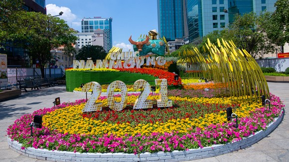 Tìm ý tưởng thiết kế mới cho Đường hoa Nguyễn Huệ - Tết Nhâm Dần 2022 ảnh 2