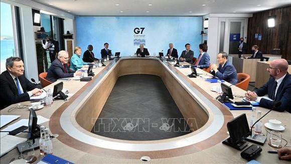 Các nhà lãnh đạo G7 tại Hội nghị thưởng đỉnh ở Carbis Bay, Cornwall, Anh, ngày 11-6. Ảnh: AFP/TTXVN