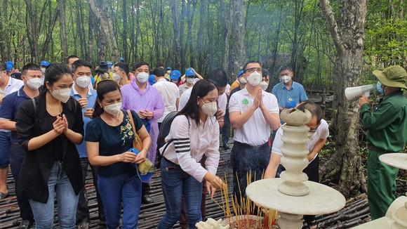 Saigontourist Group tiếp tục tài trợ, tổ chức 8 tour tri ân cho hàng ngàn y bác sĩ tại Cần Giờ, Củ Chi   ảnh 4