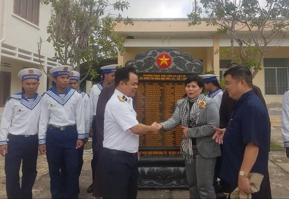 Đặt bia tưởng niệm 64 liệt sĩ Gạc Ma tại đảo Nam Yết, Trường Sa ảnh 1