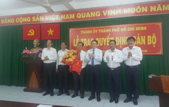 Đồng chí Trần Văn Khuyên giữ chức vụ Bí thư Huyện ủy Hóc Môn ảnh 1