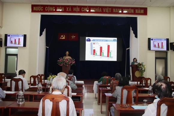 Quán triệt Nghị quyết Đại hội Đảng bộ TPHCM lần thứ XI đến các vị thành viên Ủy ban MTTQ Việt Nam TPHCM ảnh 1