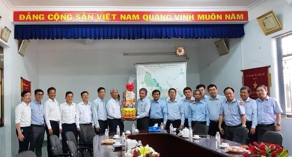 Đoàn lãnh đạo TPHCM thăm, chúc tết các đơn vị     ảnh 3