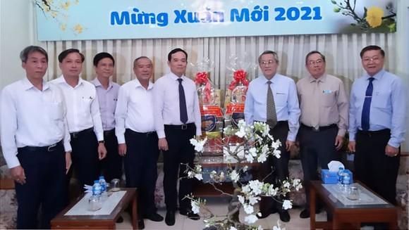 Đoàn lãnh đạo TPHCM thăm, chúc tết các cơ sở tôn giáo ảnh 2