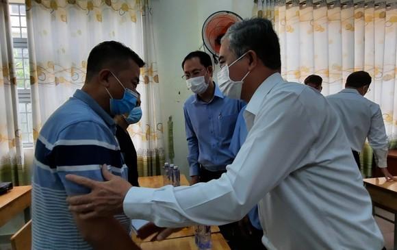 Lãnh đạo TPHCM thăm hỏi, chia buồn gia đình các nạn nhân trong vụ cháy tại quận 11    ảnh 2