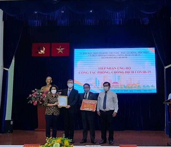 Các cơ quan ngoại giao đoàn tại TPHCM ủng hộ hơn 5 tỷ đồng phòng, chống dịch Covid-19    ảnh 1