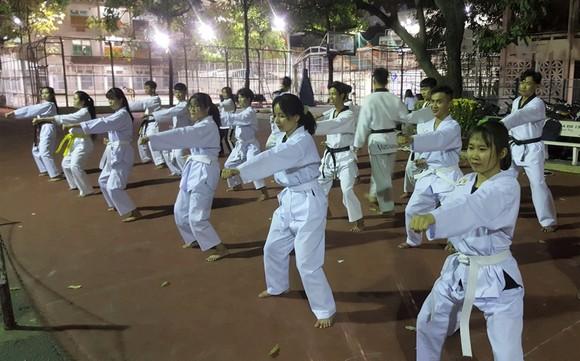 Taekwondo cuốn hút phái đẹp ảnh 1