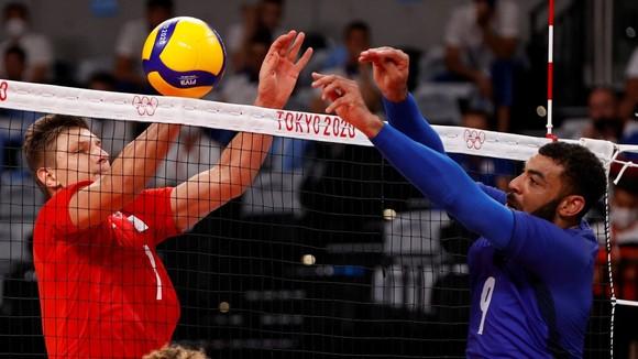 Bóng chuyền nam: Đội tuyển Pháp lần đầu tiên vô địch Olympic ảnh 1