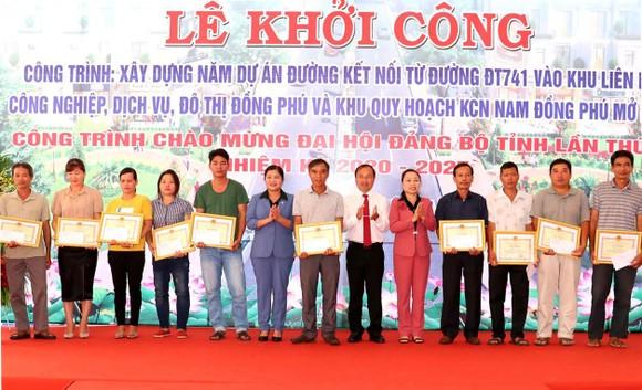 Bình Phước khởi công 5 dự án đường kết nối vào các khu công nghiệp ảnh 1