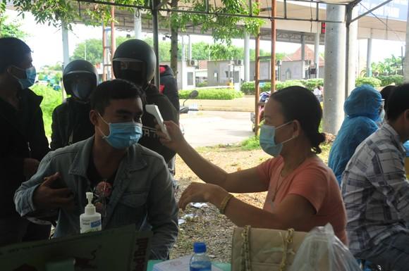Siết chặt kiểm tra y tế người về Bình Phước ảnh 3