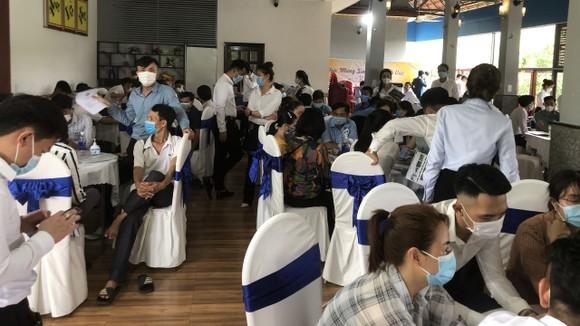 Hơn 100 người tham gia sự kiện giữa mùa dịch