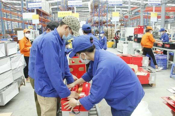 Bình Phước: Hơn 116,6 tỷ đồng hỗ trợ người lao động gặp khó khăn do dịch Covid-19 ảnh 1
