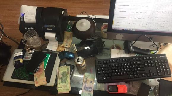 Bắt nhóm tín dụng đen cho vay lãi suất lên đến 40%/tháng tại Đà Nẵng ảnh 2
