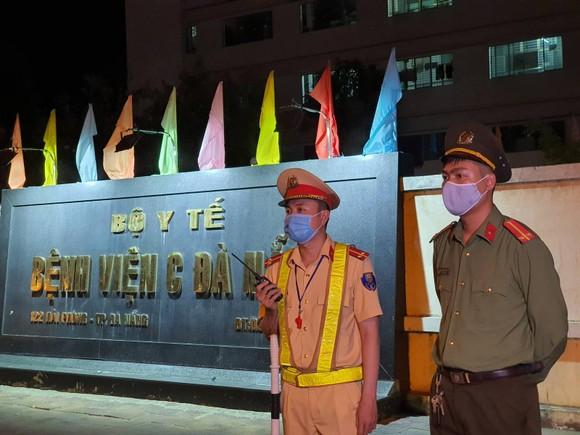 Đà Nẵng phong tỏa 3 bệnh viện lớn từ 0 giờ ngày 28-7 ảnh 8