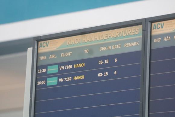 Đưa 207 du khách đầu tiên ở Đà Nẵng trở về địa phương bằng máy bay ảnh 4