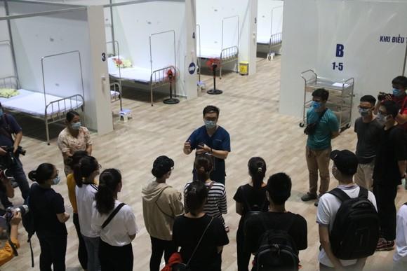Bệnh viện dã chiến Tiên Sơn diễn tập tiếp nhận bệnh nhân với số lượng lớn ảnh 1