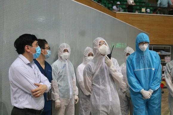 Bệnh viện dã chiến Tiên Sơn diễn tập tiếp nhận bệnh nhân với số lượng lớn ảnh 13