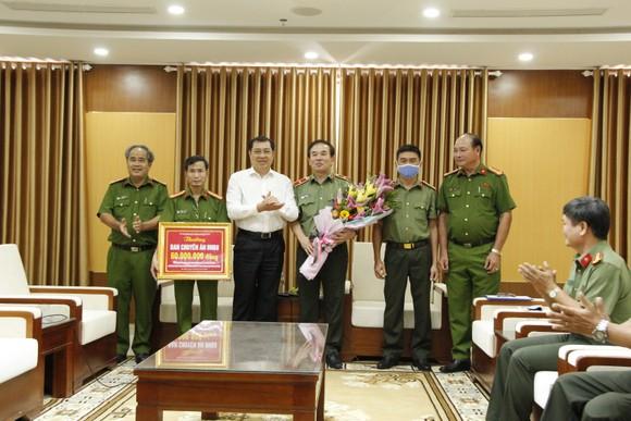 Triệt phá đường dây đánh bạc trên 3.000 tỷ đồng tại Đà Nẵng và Gia Lai  ảnh 2