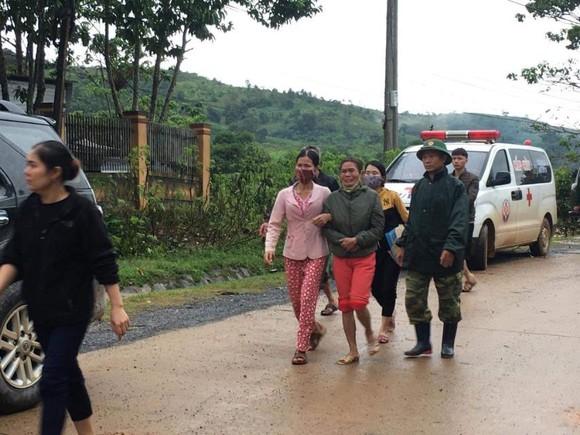 Tìm thấy 22 thi thể tại khu vực sạt lở Đoàn kinh tế quốc phòng 337 ảnh 16