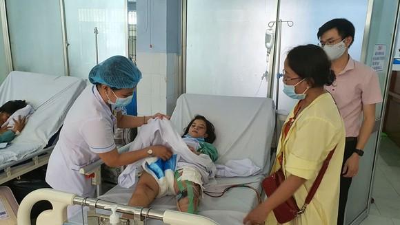 Mở rộng khu vực tìm kiếm nạn nhân sạt lở ở Trà Leng ra các bãi bồi ảnh 1