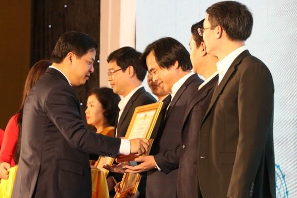Đà Nẵng quyết tâm đồng hành cùng nhà đầu tư ảnh 5