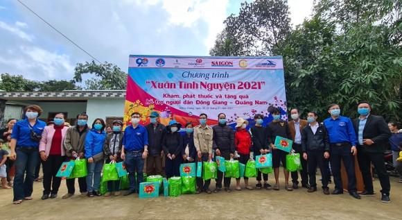 Trao quà tết cho đồng bào miền núi Quảng Nam ảnh 3