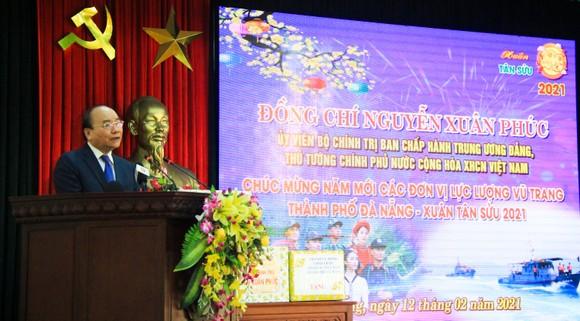 Thủ tướng Nguyễn Xuân Phúc: Việt Nam là một trong số ít các nước tăng trưởng dương trên thế giới  ảnh 2
