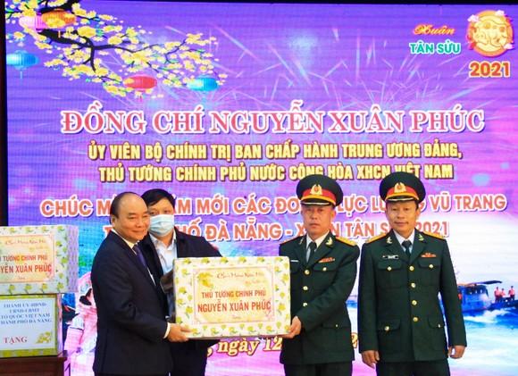 Thủ tướng Nguyễn Xuân Phúc: Việt Nam là một trong số ít các nước tăng trưởng dương trên thế giới  ảnh 3