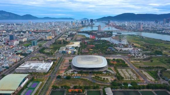 Thủ tướng Nguyễn Xuân Phúc: Đà Nẵng cần sử dụng hiệu quả và tiết kiệm các tài nguyên như đất đai, nước ngầm ảnh 4
