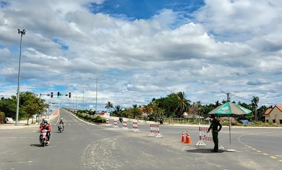 Quảng Nam: TP Hội An giãn cách xã hội từ 0 giờ ngày 26-7 ảnh 1