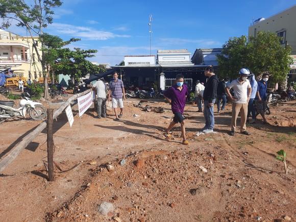 Quảng Nam: Người dân bức xúc khi chủ đầu tư thi công dự án gây ngập nhà dân ảnh 2