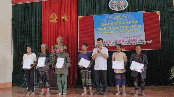350 người Lào sinh sống tại Quảng Trị được nhập quốc tịch Việt Nam