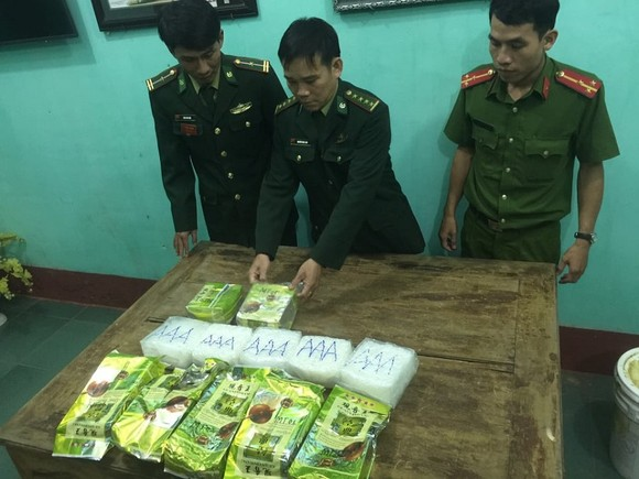Khởi tố vụ án, điều tra làm rõ nguồn gốc số ma túy dạt vào bờ biển Quảng Trị