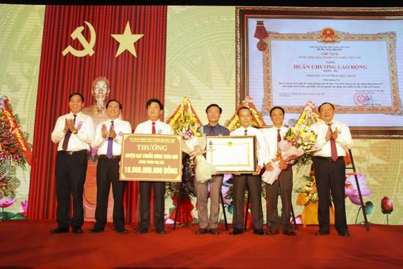 Huyện đầu tiên của tỉnh Quảng Trị đạt chuẩn Nông thôn mới