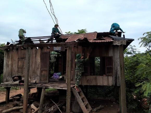 Quảng Trị: Nỗ lực hỗ trợ người dân khắc phục hậu quả bão số 5 ảnh 5