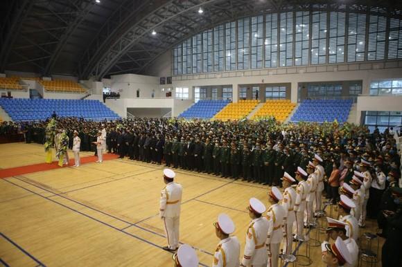 Lễ viếng và truy điệu 22 liệt sĩ Đoàn Kinh tế - Quốc phòng 337 hy sinh tại Quảng Trị  ảnh 8