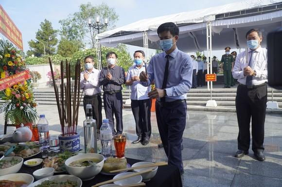 Quảng Trị: Truy điệu, an táng 24 hài cốt liệt sĩ hy sinh tại Lào  ảnh 3
