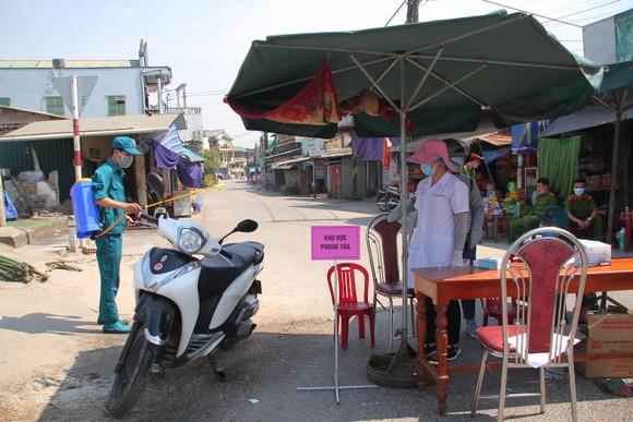 Một trường hợp ở Quảng Trị tái dương tính với SARS-CoV-2 sau 8 ngày xuất viện  ảnh 1