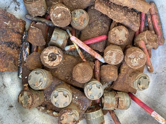 Quảng Trị: Phát hiện 1,5 tấn vật liệu nổ khi xây dựng công trình ảnh 1