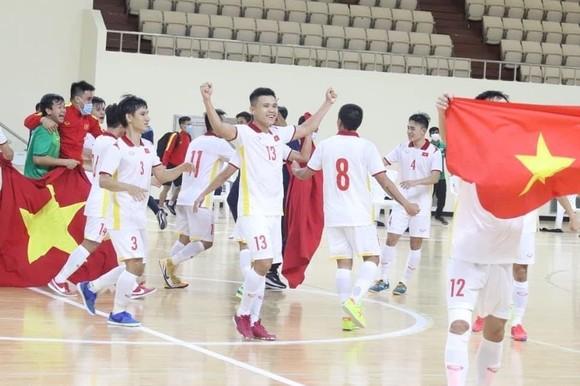 Đội tuyển futsal Việt Nam giành vé dự World Cup 2021 ảnh 2