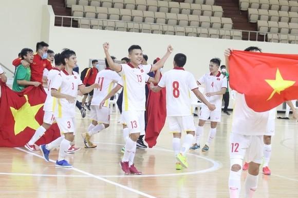'Tôi hạnh phúc khi là HLV nội đầu tiên dẫn dắt tuyển futsal Việt Nam dự World Cup' ảnh 1