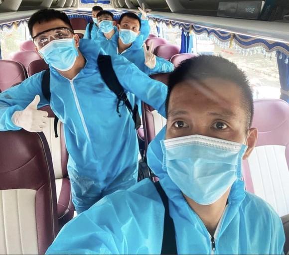 Một ngày trong phòng cách ly của tuyển futsal Việt Nam ảnh 1