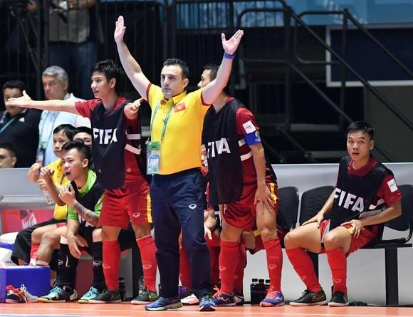 'Người hùng' futsal Việt Nam gây ấn tượng tại châu Âu, chờ gặp trò cũ ảnh 2