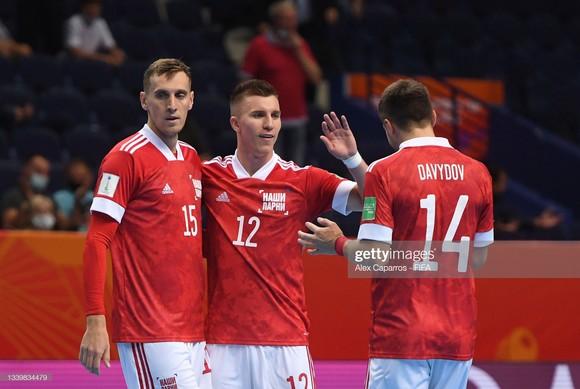 Futsal World Cup 2021: Xác định những tấm vé đầu tiên đi tiếp? ảnh 1