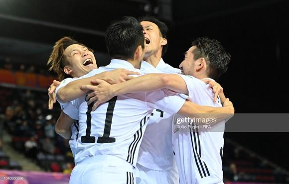 Tây Ban Nha thắng Nhật Bản ở trận cầu hay nhất Futsal World Cup 2021 ảnh 1