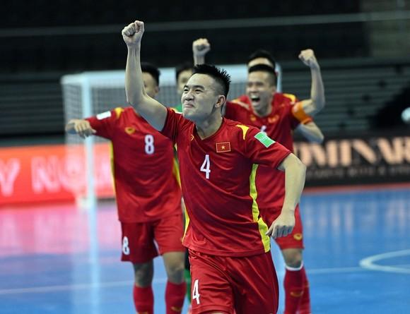 FIFA: Tuyển futsal Việt Nam hạnh phúc với 1 điểm ảnh 1