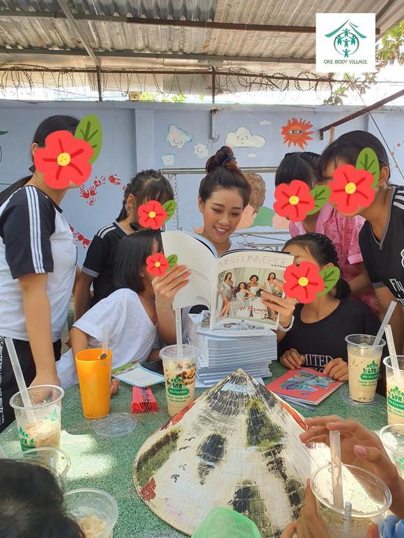 Hoa hậu Khánh Vân đồng hành cùng chiến dịch bảo vệ trẻ em bị xâm hại tình dục ảnh 3