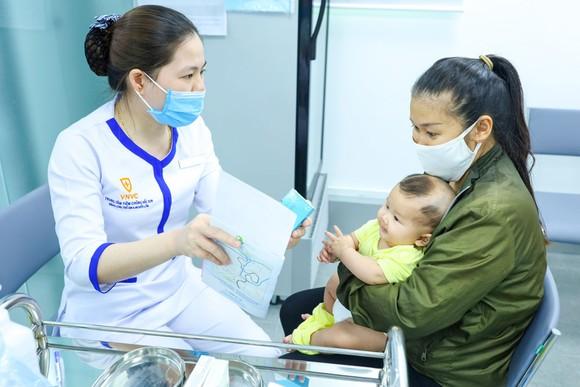 Giao lưu trực tuyến về phòng chống bệnh truyền nhiễm ảnh 1